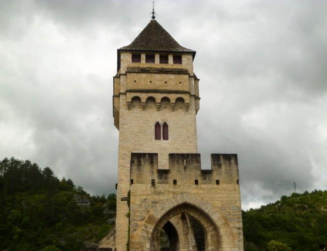 Chemin-Compostelle-Cahors-pont-diable-medieval-patrimoine