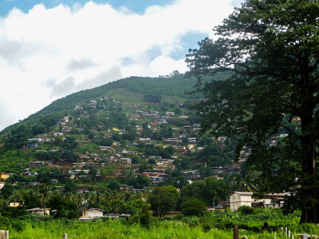 freetown-colline-maisons