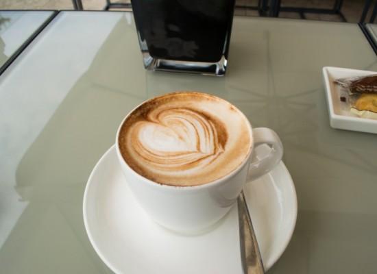 italie-milan-cappuccino-coeur