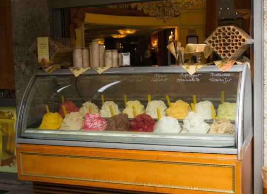 italie-milan-glaces-saveurs-stands