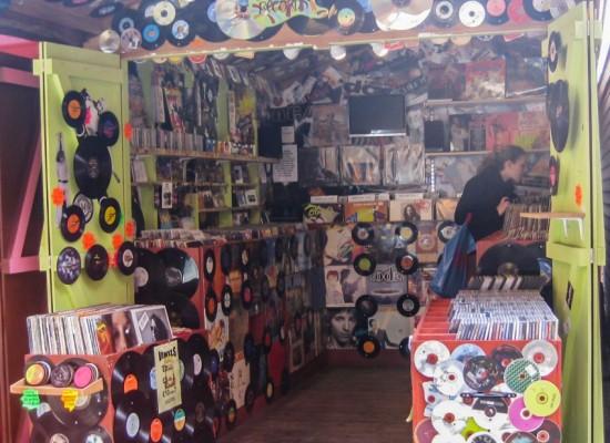 londres-camden-town-stand-vinyles