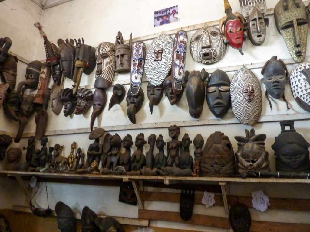 masques-africains-marché