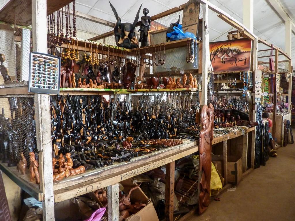 sculptures-afrique-stands