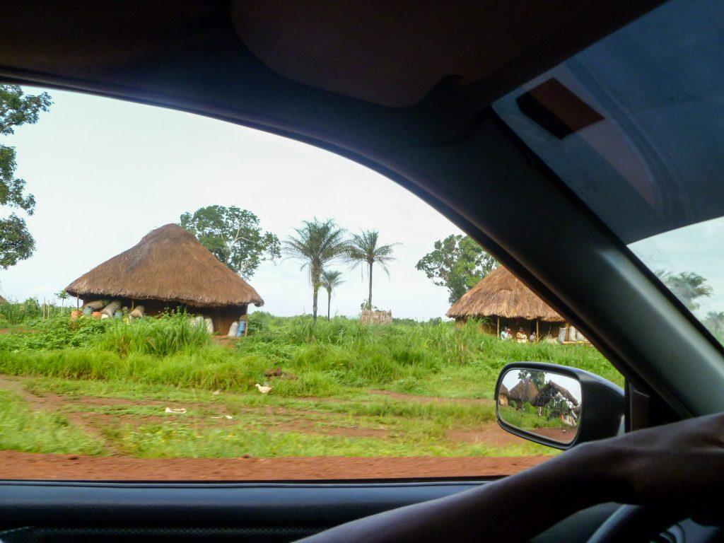 voitures-cases-pistes-afrique