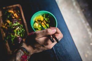 cuisine-main-légumes-tatouage