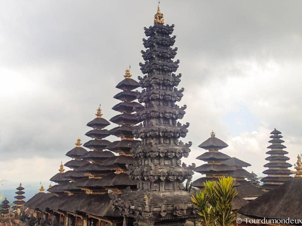 besaki-temple-alignement-tours