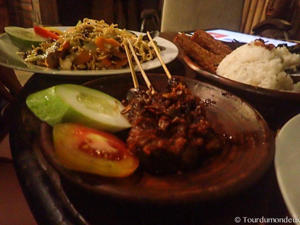 brochette-cacahuete-indonésié