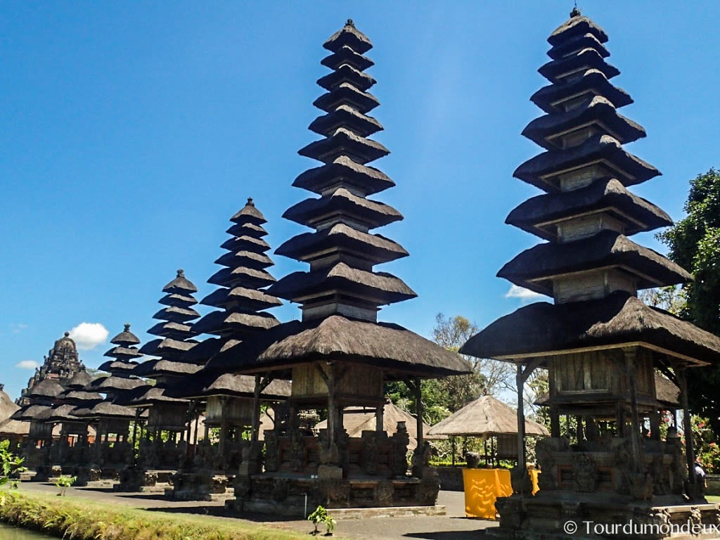 taman-ayun-alignement-temple