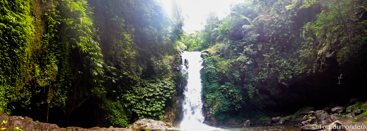 waterfall-proche-gitgit-cascades