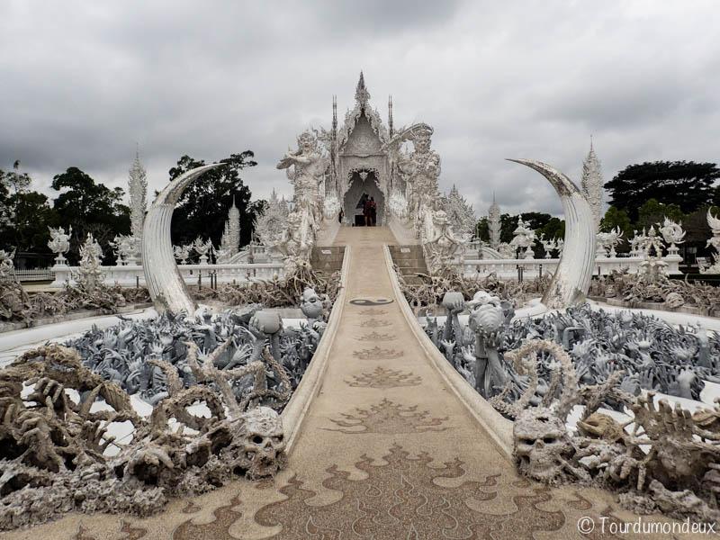 temple-blanc-entrée-thaïlande