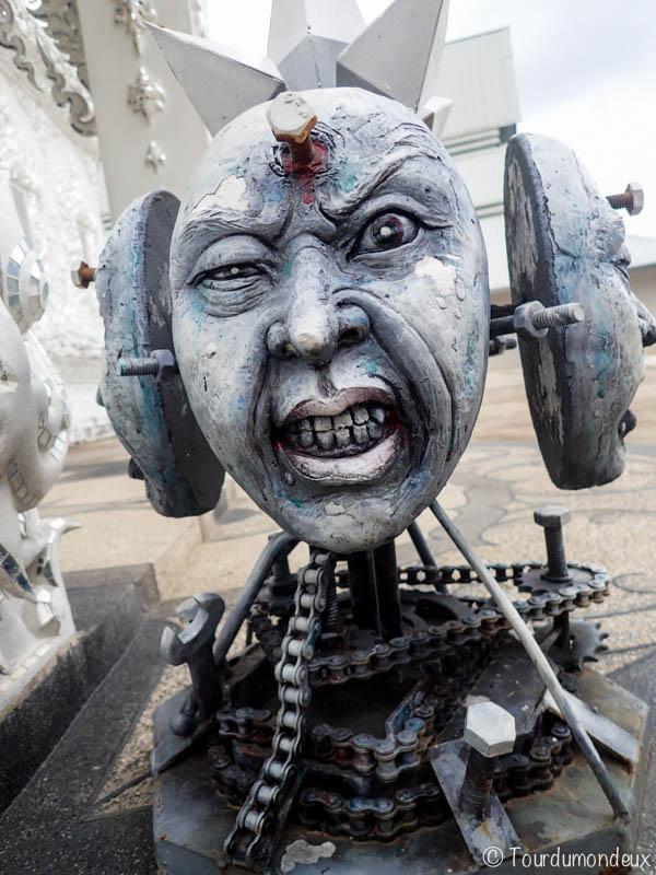 temple-blanc-souffrance-thaïlande