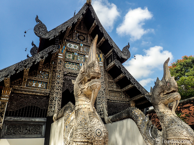 wat-chedi-luang-dragon-temple