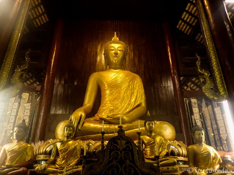 wat-phantao-statue-temple