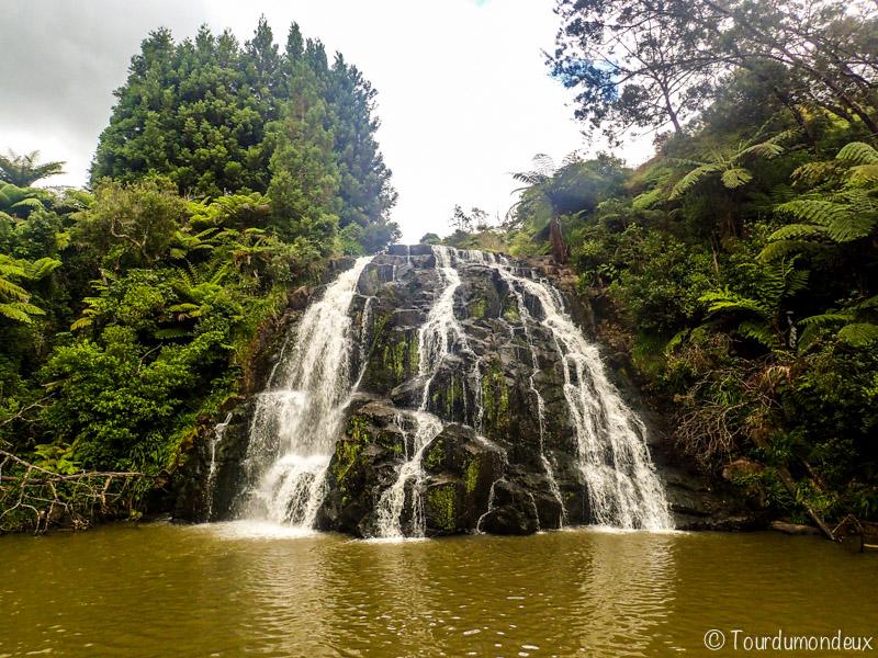 Owharoa-Falls-nouvelle-zelande