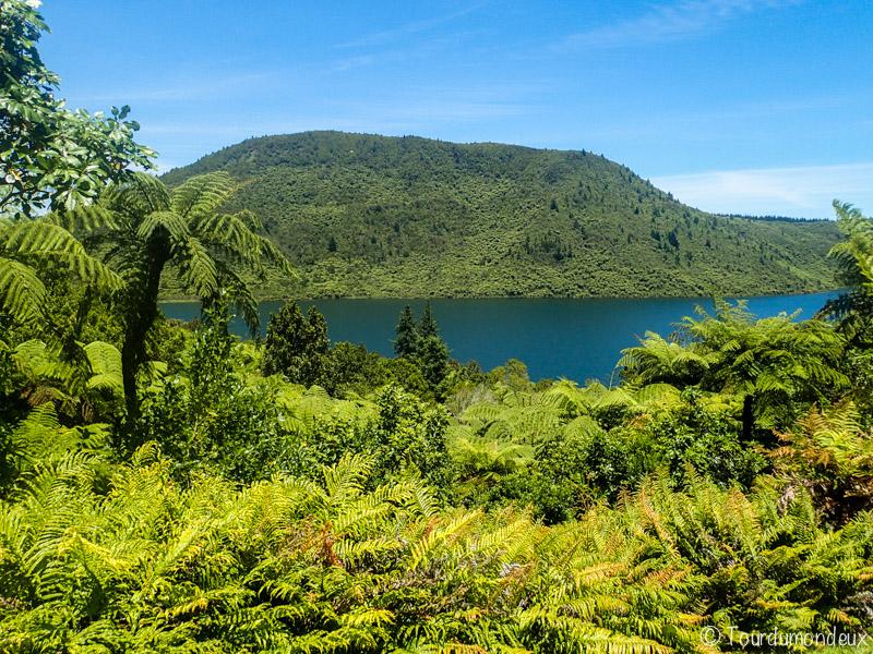green-lake-nouvelle-zelande