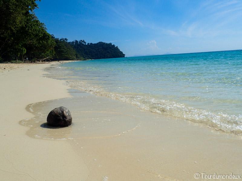 noix-coco-sable-thaïlande