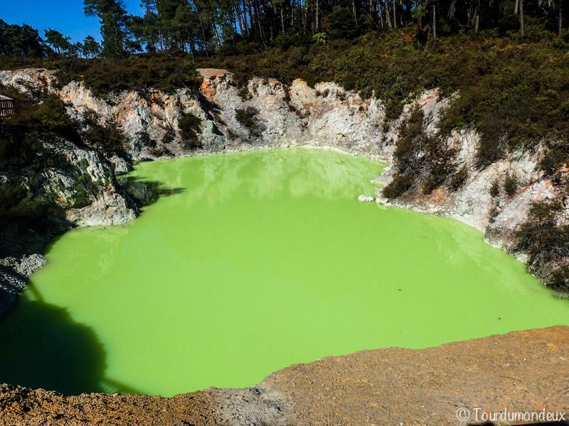 wai-o-tapu-arsenic-nouvelle-zelande