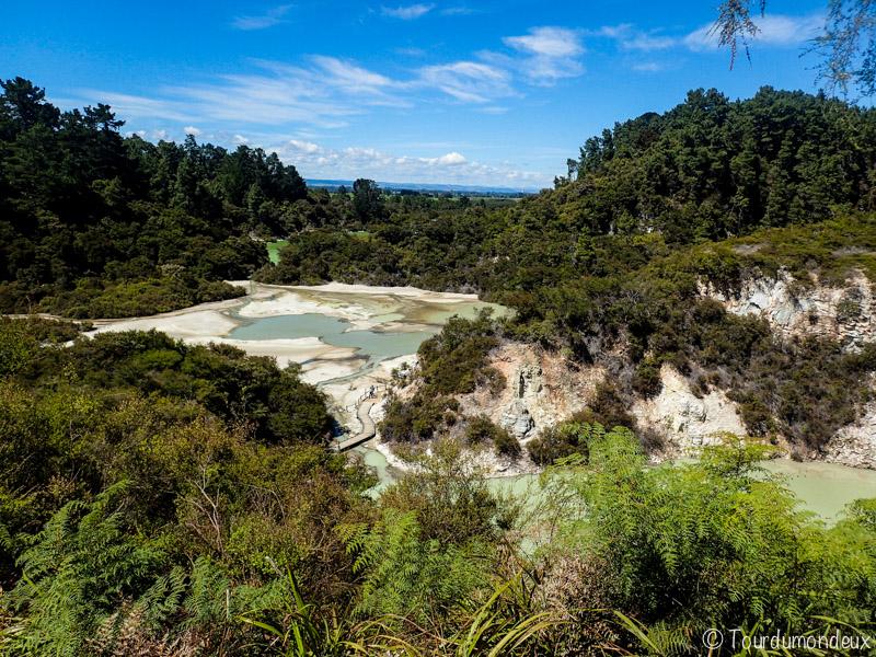 wai-o-tapu-vue-nouvelle-zelande