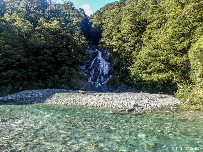 fantail-falls-nouvelle-zelande