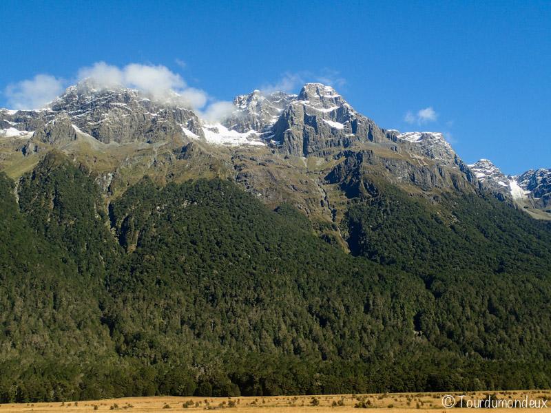 fjords-montagne-nouvelle-zelande