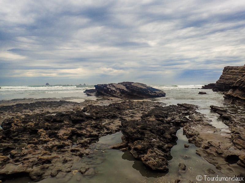 gibson-beach-rocher-nouvelle-zelande