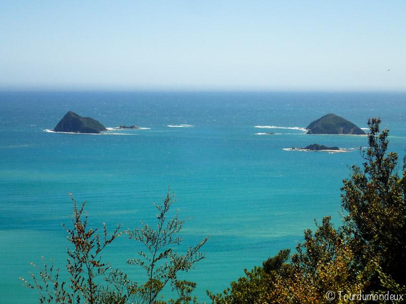 okiwi-bay-rochers-nouvelle-zelande