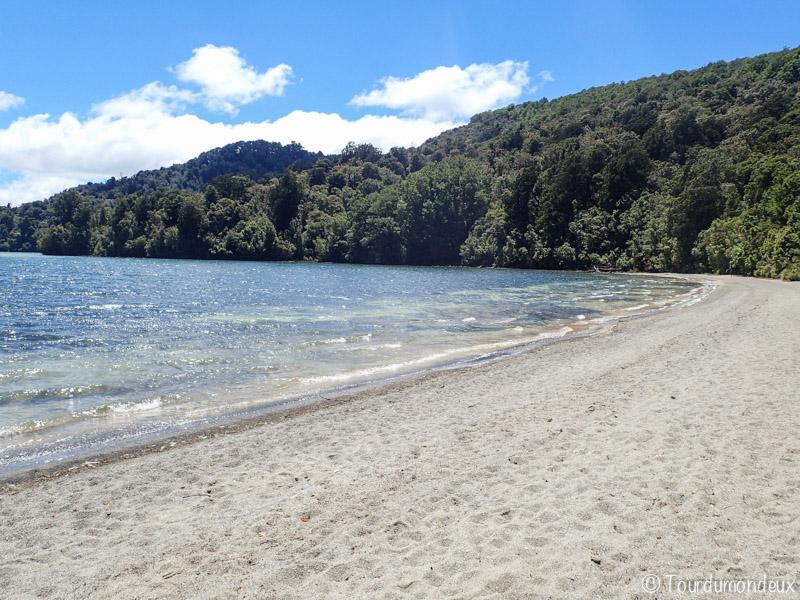 rotopunamu-plage-nouvelle-zelande