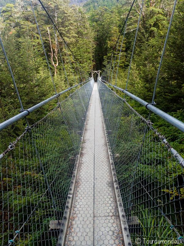 route-burn-pont-nouvelle-zelande