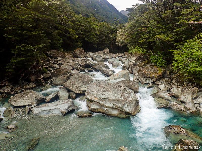 route-burn-rochers-nouvelle-zelande