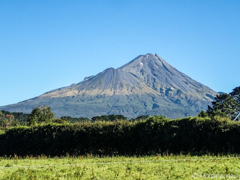 taranaki-volcan-nouvelle-zelande