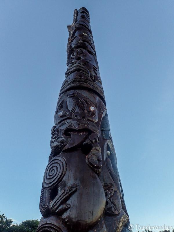 totem-maori-taranaki