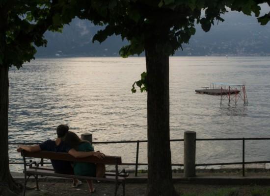 italie-bellagio-amoureux-lac-côme-romantique