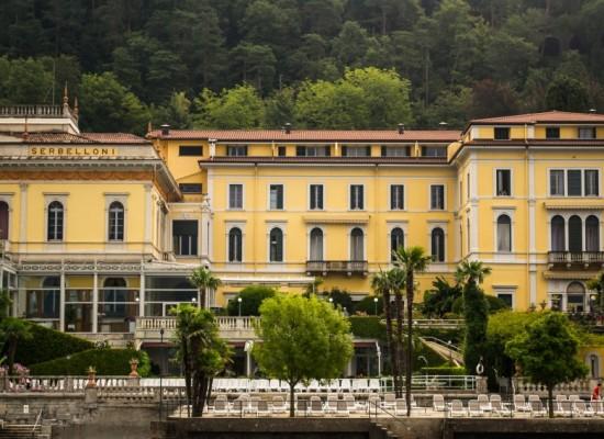 italie-bellagio-port-villa-jaune-lac-come
