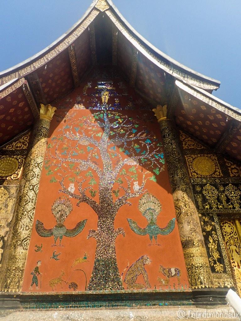 fresque-arbre-xieng-thong