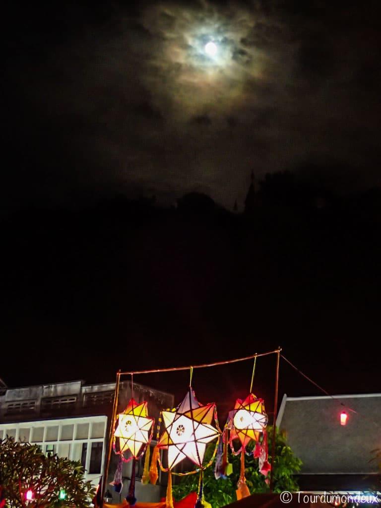 lune-etoiles-lumieres-luang-prabang