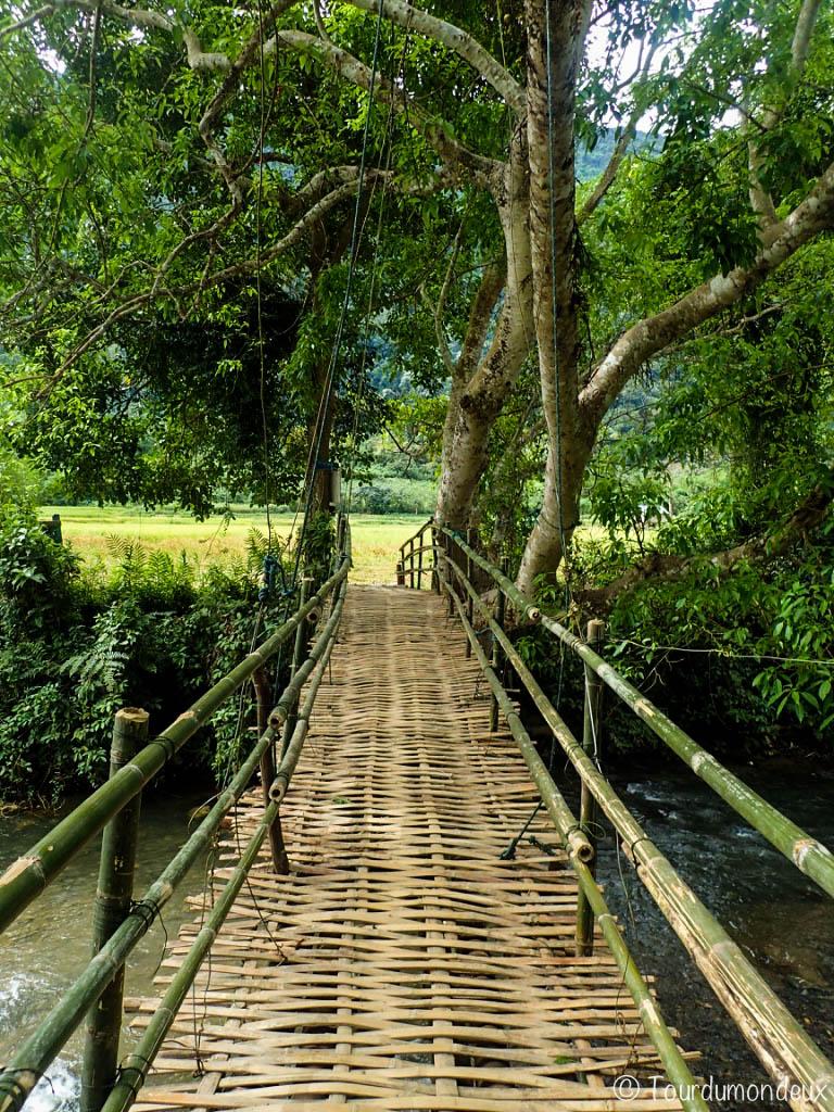 pont-grotte-muang-ngoi-laos