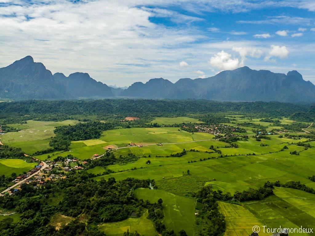 vangvieng-paysage-viewpoint-vallée