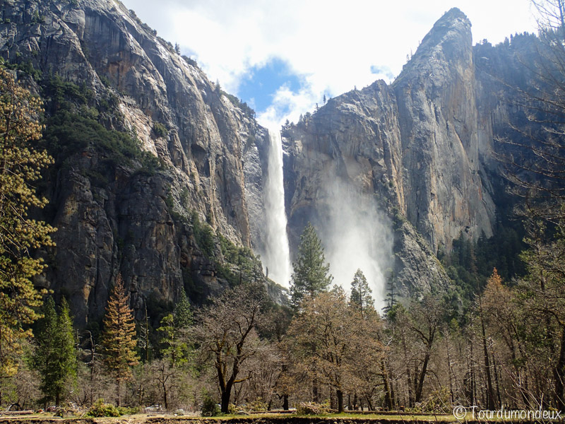 bridalveil-falls-californie